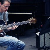 studio-jazz-guitar-hero