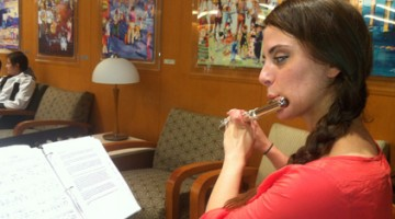 Rachel Yokers, a graduate student studying flute performance, is a fellow in the USC Thornton Gluck Fellows Program.