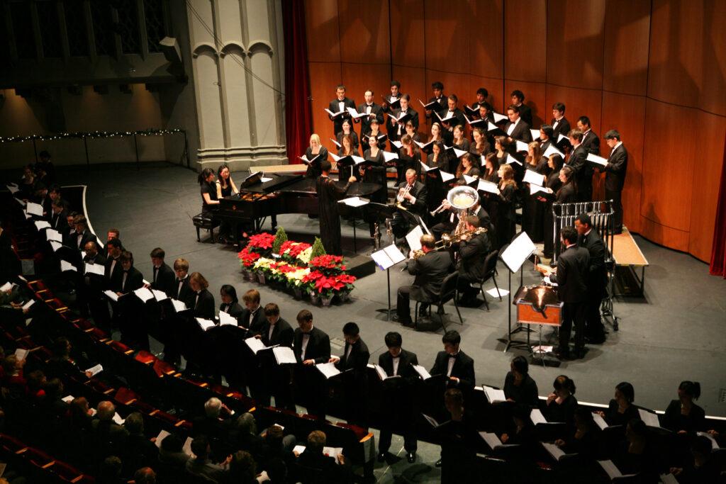 2010 Winter Gala 2_Concert, Oriana, Apollo