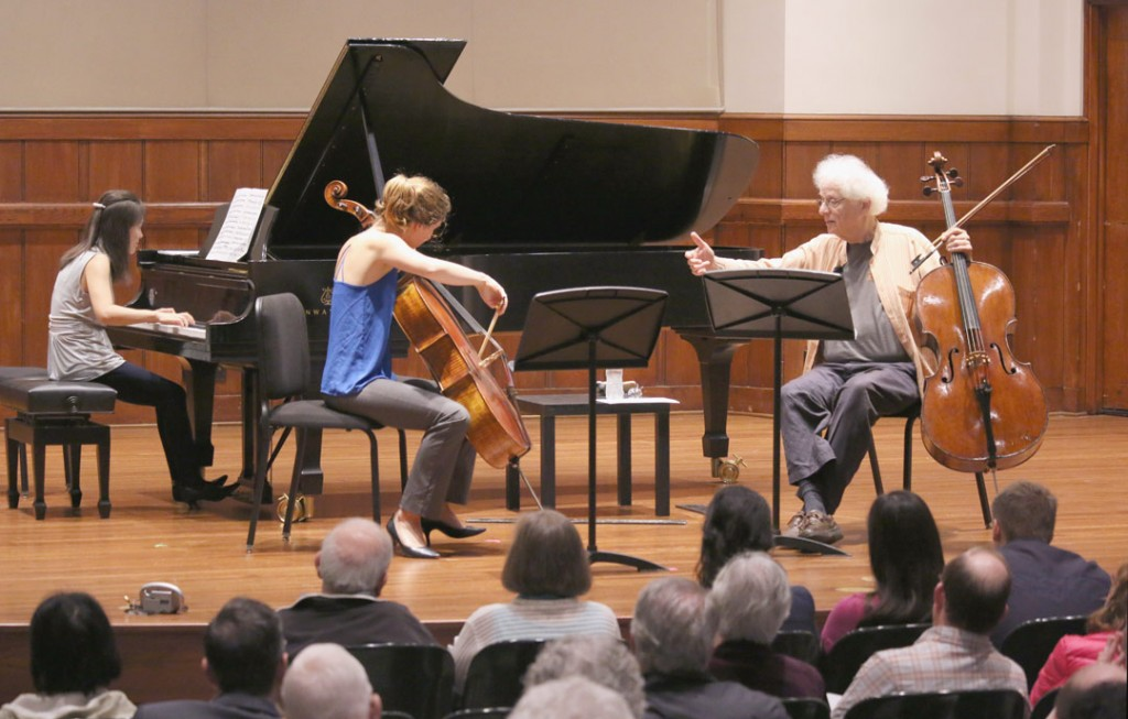 May19_MasterClass_LaurenceLesser_06_crDanielAndersonUSC_Full.jpg Cellist Laurence Lesser led a master class at the Piatigorsky International Cello Festival on May 19. (Photo by Daniel Anderson/USC)