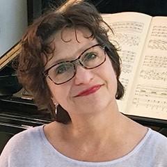 Lucinda Carver
