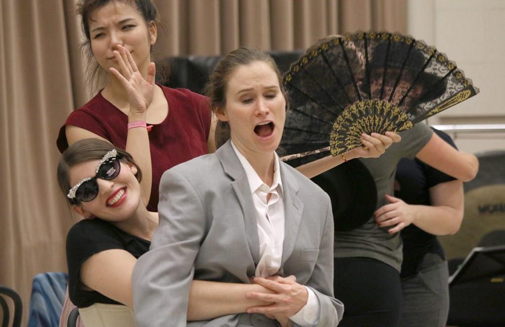 Melissa Treinkman, at center, as Federico Garcia Lorca. (Photos by Erin Offenhauser)