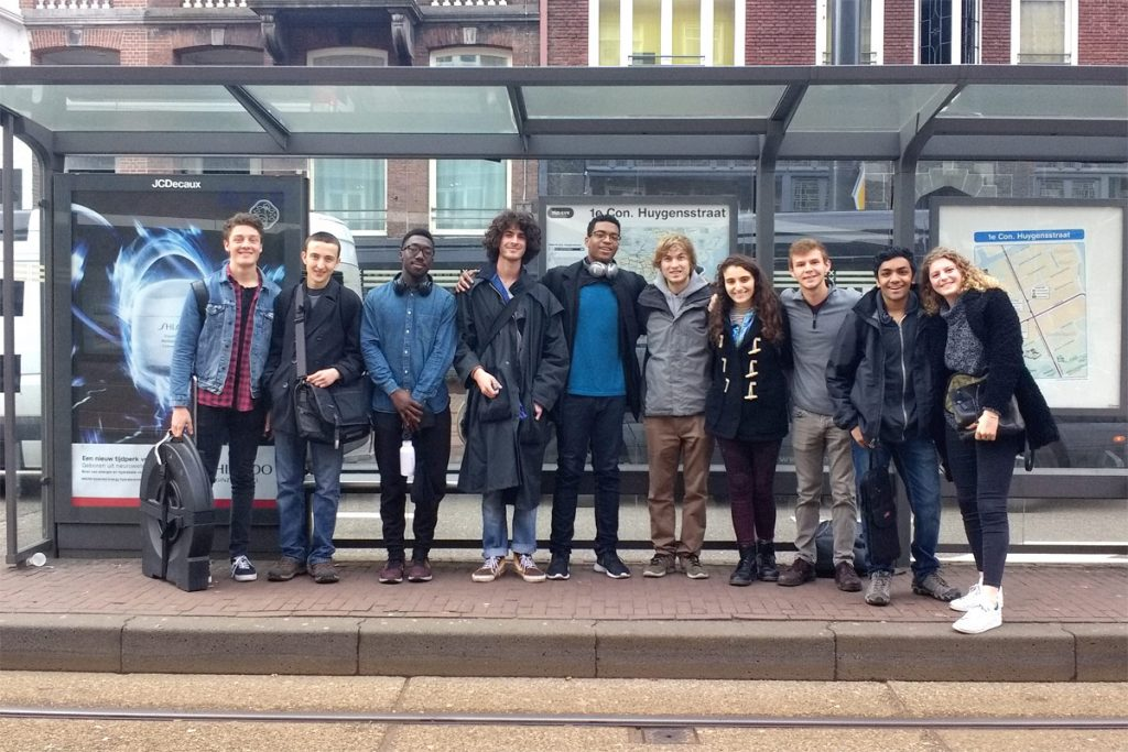 The entire student group awaits a tram to the Conservatorium van Amsterdam.