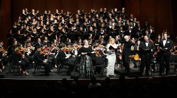 Maestro Carl St.Clair conducts the USC Thornton Symphony and the USC Thornton Chamber Singers