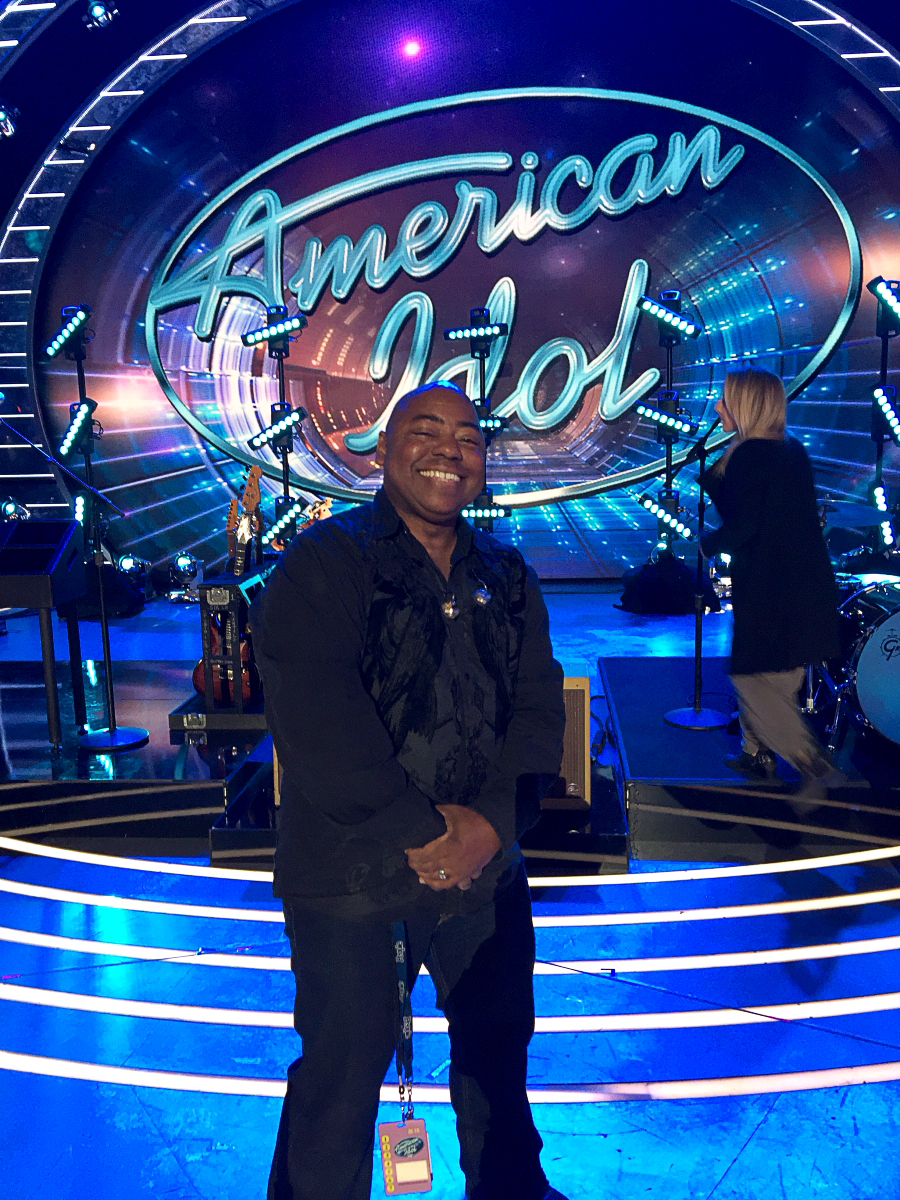 Photo of Paul Jackson Jr. on the American Idol stage