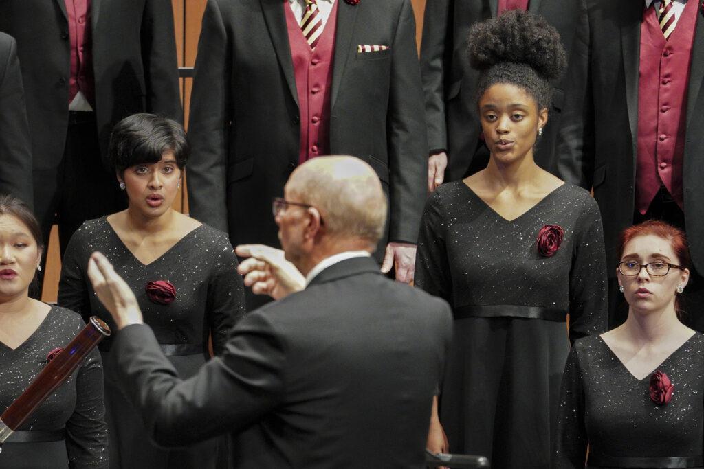 Jo-Michael Scheibe conducting the USC Thornton Chamber Singers