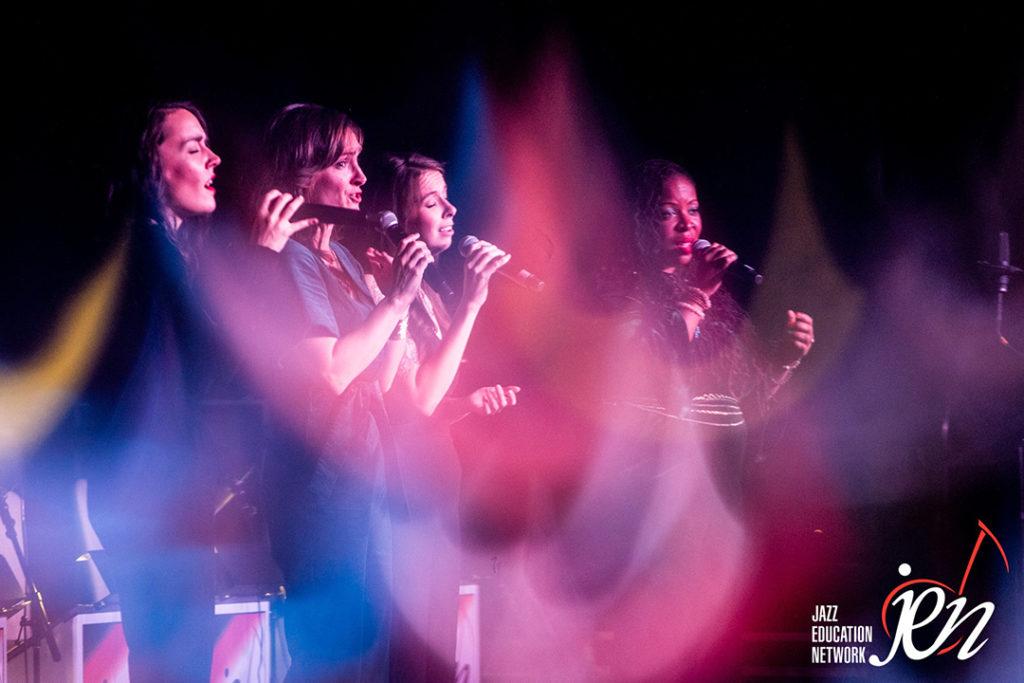 Sara Gazarek performs with vocal group Säje