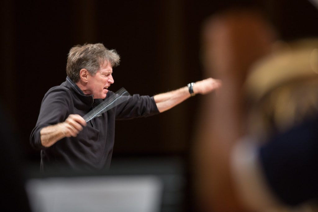 Photo of Frank Ticheli conducting an orchestra